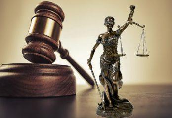Hukum Tebang Pilih