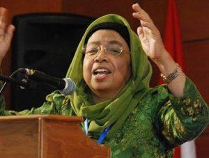 Siti Chamamah Soeratno