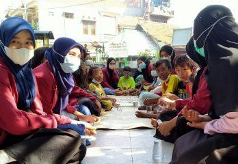 Kunjungan Mahasiswa UMS ke Rumah Pintar Matahari