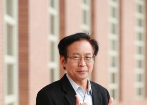 Profesor Yinghuei Chen Asia University
