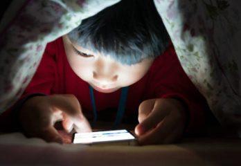 penggunaan gawai oleh anak